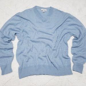 Cashmere sweater 🌟